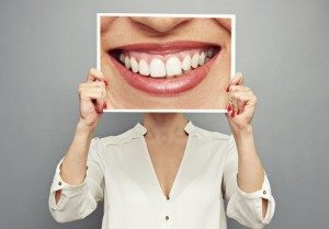 woman with smile sign